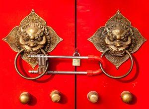 Door locking in Beijing