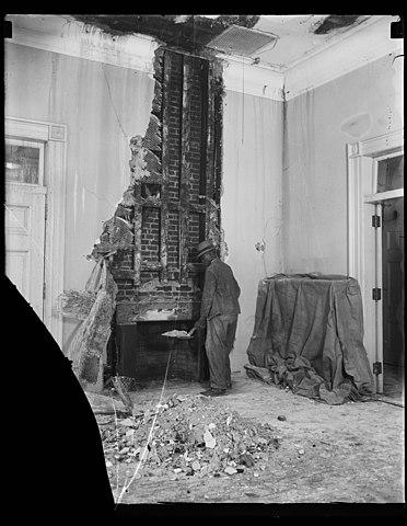 Harris & Ewing, photographer, White House Fire. 1955
